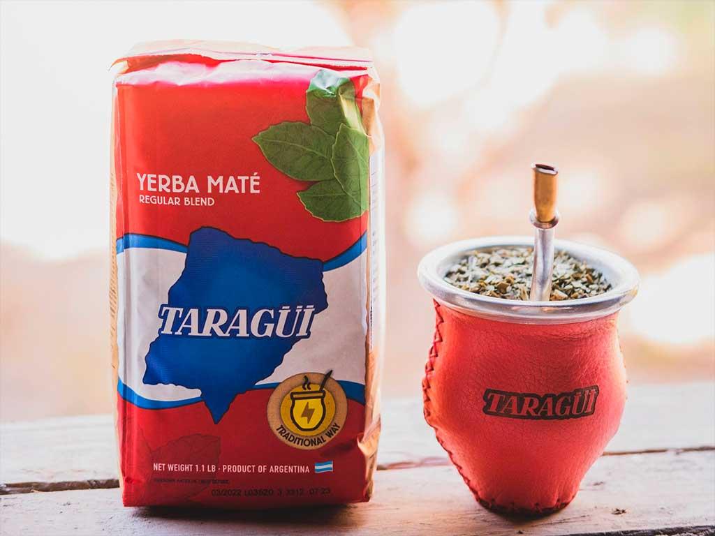 Beber, cebar o tomar yerba mate Taragui con bombilla es bueno para la Dieta