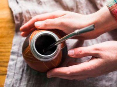 Yerba Mate Taragüi - ¿Cómo curar y limpiar el mate?